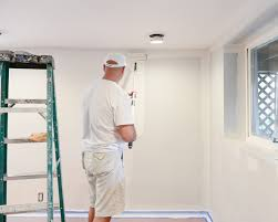 how much does it cost to hire a painter