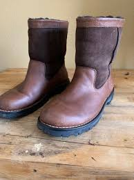 ugg australia leather winter boots brown men s size 10 pre owned from ugg australia
