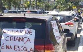 Em Niterói, pais fazem carreata por volta às aulas | | O Dia
