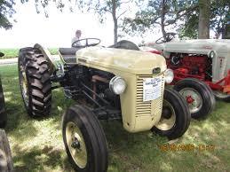 Ferguson Tractor Lights Light Colored Ferguson Vintage Tractors Ford Tractors