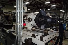 plastics equipment online auction 1 cincinnati milacron vista 1 cincinnati milacron vista vt440 41 440 ton x 41 oz