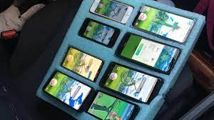 Washington driver had Pokemon Go open on eight phones at once - CNET