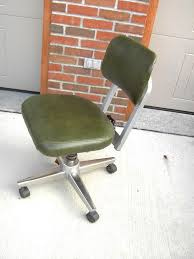 Wampamppamp0 open plan office Decorating Vintage Royal Office Chair Metal Industrial Age Green Yhomeco Vintage Industrial Metal Office Chair Metal Interior Designs Ideas