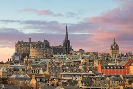 Skottland är även världskänt för sin whisky, som är landets mest kända exportprodukt. Skottlands Nationella Sprak Vad Ar Skottland Kant For Befolkning Och Livsstil