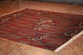 284 tibetan rugs this modern rug is approx imately 7 feet 7 inch x 8