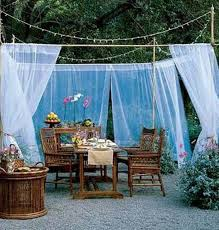Outdoor Party Decorations on a Budget   Sarah Party Decorations