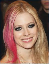simple ways to look like avril lavigne eye makeup avril lavigne eye makeup