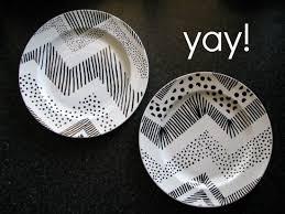 DIY Sharpie Plates - great pin @Lauren Davison Davison Elliott