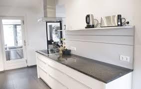 Küche in HPL Granit von Tino Skuthan Schreinerei und Planung