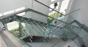 glass s stair treads