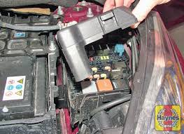 ford fiesta (2008 2011) 1 4 tdci fusebox and diagnostic socket ford fiesta fuse box location 2004 illustration of step the main fusebox is located on the left hand side of