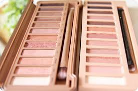 Review L.A. Girl Beauty Brick Nudes vs. Urban Decay Naked 3.