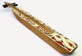 Alat musik tradisional jawa tengah ini terbuat dari tembaga serta timah yang. Alat Musik Sampe Gambar Asal Daerah Dan Cara Memainkannya Silontong