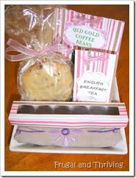How To Make A Personalised Gift Hamper For Any OccasionHow To Make Hampers For Christmas Gifts