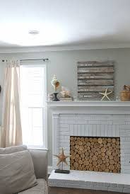 Railroad Tie Mantle 20 natureloving fireplace ideas 2807 by xevi.us