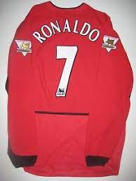 The number ronaldo will wear and when the jersey will. 2003 2004 Nike Manchester United Cristiano Ronaldo Long Sleeve Jersey Kit Shirt Ebay