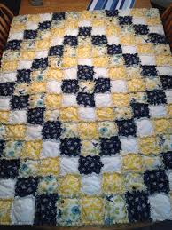 Best 25+ Rag quilt patterns ideas on Pinterest | Down quilt ... & Puffy Rag Quilt- Around the world pattern I think! Adamdwight.com