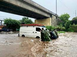 Tropical Storm 'Amanda' Triggers Floods ...