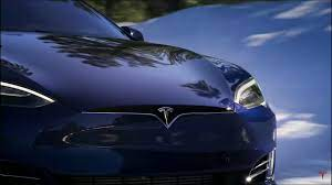 Tesla bull ARK drops 242,000 shares of ...
