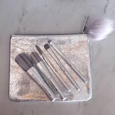details about mac snow ball basic makeup brush kit 6 pc set 420se 490se 530se 515se 505se nib