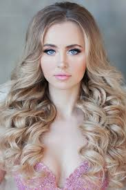 gallery wedding hairstyles curls ideas for brides down curls soft curls boho hair hollywood waves wedding loose curls wedding hairstyles for curly
