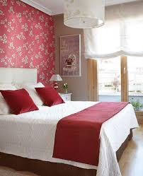 Flower wallpaper patterns, abstract and striped wallpaper can be combined  for creative and exciting wall decoration.