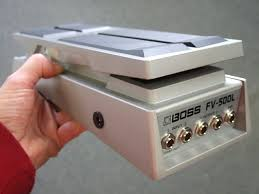 we can also put our buffer in the boss fv500 l stereo volume expression pedal normally we put it in one side input 1 output 1 which is the side that has