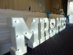 Mr And Mrs Light Up Sign Hire Top Table Decoration 2ft Mr Mrs Letter Lights Available