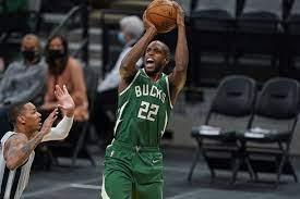 Milwaukee Bucks: Khris Middleton in ...