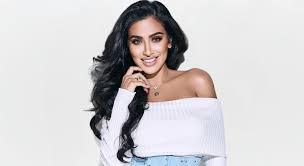 Huda Kattan   Huda Beauty   Makeup Tips, Reviews & Skincare Advice