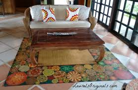 this 6ft x 7ft area rug is the ethnic circle design with the basket weave design in the center