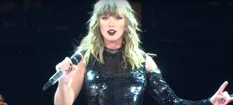 Taylor Swifts Reputation Tour Puts The Singer In A League