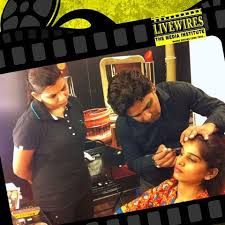 best makeup insute in north delhi bee a professional makeup artist makeup course in gtb