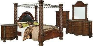 Traditional California King Size Canopy Bed Hardwood Veneers Bedroom Furniture