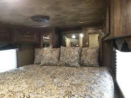 new 2017 sundowner living quarters horse trailer model rs8314sl