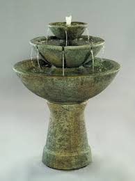 color bowl with lips fountain 3 tier tall