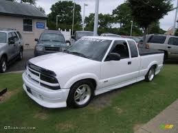 2002 Summit White Chevrolet S10 LS Extended Cab #33606523 ...