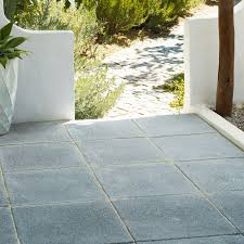 dark grey textured single paving slab