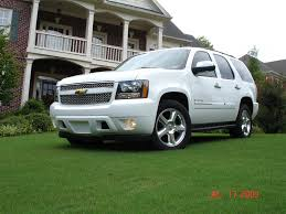 2009 Tahoe LTZ 6.2 - still looking - need more info from owners ...