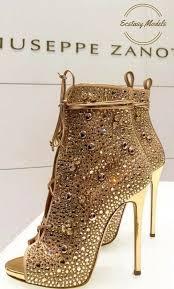 Pin by LaTonya Kirk on ☆ hєєlѕ ☆✨❣ & ѕhσєѕ..ⓑⓞⓞⓣⓢ ♚ sℓι∂єѕ & ѕαи∂αℓѕ    Heels, Boots, High heels