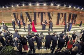 vanity fair oscar party details new venue a 6 000 pound chandelier and absolutely no theme