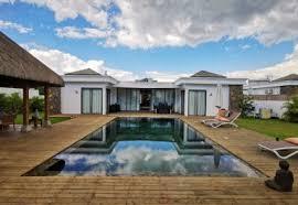 maison villa 3 chambres 240m²