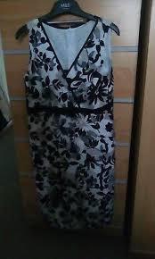 Minuet Petite Black Grey Tiger Stripe Print Dress Size 8