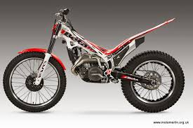 2015 beta evo trials bikes the motomerlin blog strong from its many successes on the track and the solid performance of the 2014 factory models beta presents its 2015 evo trials bike new graphics