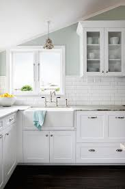 Floating Floor In Kitchen Classic Kitchen Design With White Wooden Kitchen Cabinet And