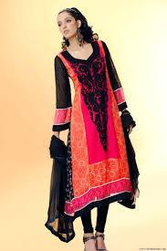Die Besten 25 Lange Pakistanische Kleider Ideen Auf Pinterest