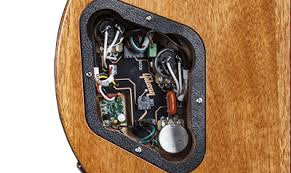 gibson com les paul deluxe 2015 gibson les paul 2012 standard wiring diagram heavier gauge wire all gibson usa guitars now use thicker, stranded wire that provides more surface area for making strong internal connections 2012 Gibson Les Paul Wiring Diagram