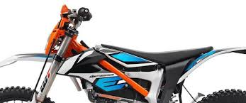 2018 ktm motocross bikes. unique bikes bodywork ktm unveils 2018 freeride exc with 50 percent more battery in ktm motocross bikes
