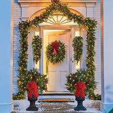 cordless wreath with lights unbelievable bright design lighted wreaths for windows interior 39