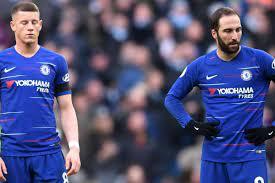 Chelsea, milan'dan gonzalo higuain'i satın alma opsiyonuyla birlikte sezon sonuna kadar kiraladı. Sorryball Shambolic Chelsea Face Another Crisis After City Humiliation Goal Com